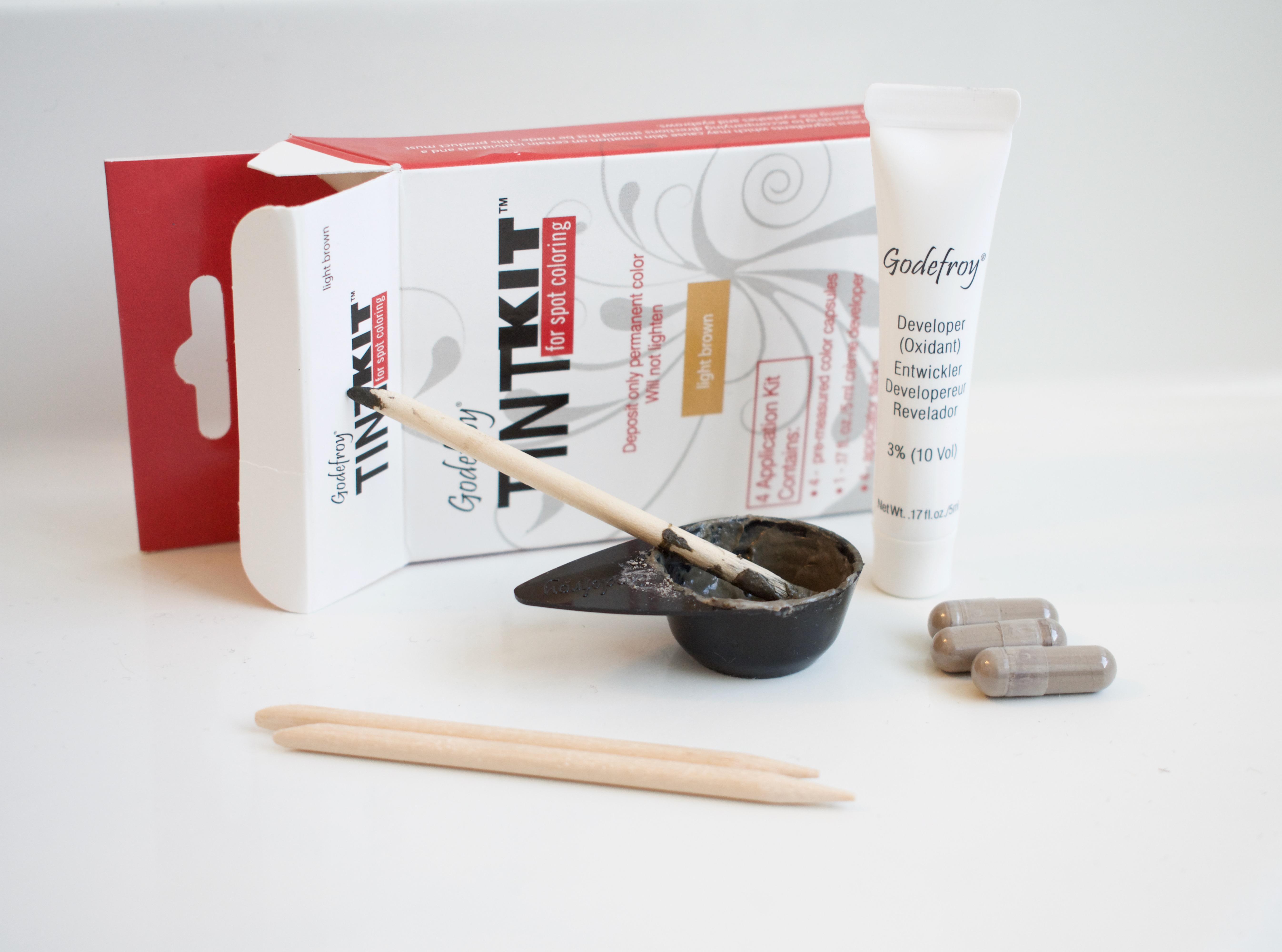DIY-Eyebrow-Tint