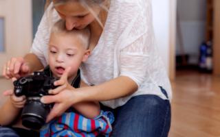 Best-Cameras-For-Moms